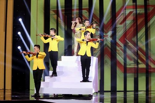 Cô gái 'chân dài như Hồ Ngọc Hà, hát như Mỹ Tâm' hút hồn giám khảo X-Factor-6