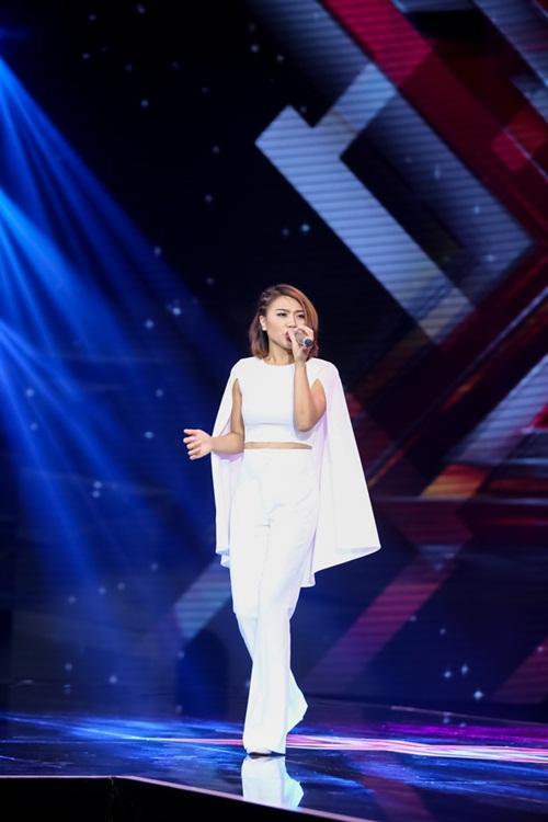 Cô gái 'chân dài như Hồ Ngọc Hà, hát như Mỹ Tâm' hút hồn giám khảo X-Factor-13