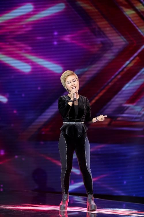 Cô gái 'chân dài như Hồ Ngọc Hà, hát như Mỹ Tâm' hút hồn giám khảo X-Factor-16