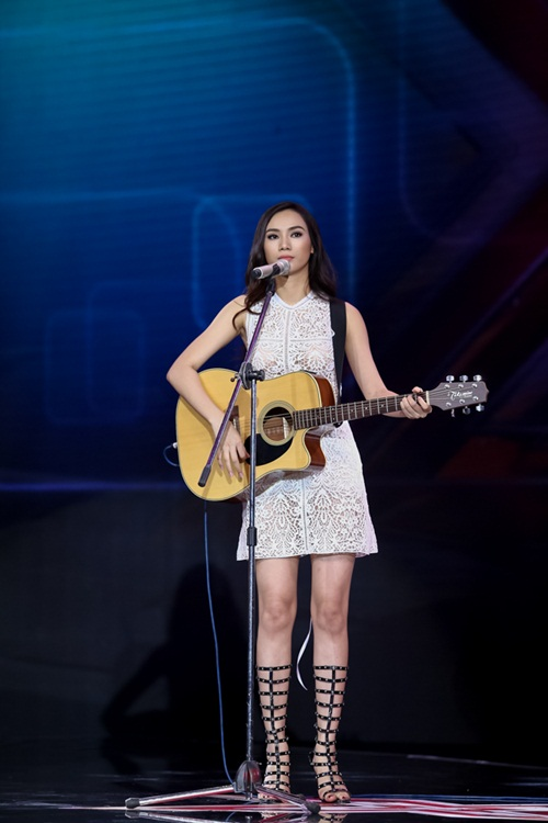 Cô gái 'chân dài như Hồ Ngọc Hà, hát như Mỹ Tâm' hút hồn giám khảo X-Factor-2