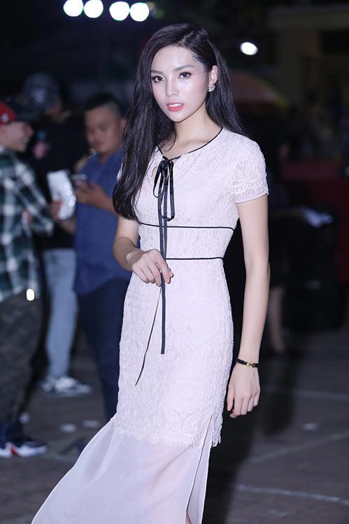 Hoa hậu Kỳ Duyên đẹp tươi tắn, vượt qua ồn ào-2