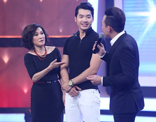 Trấn Thành, Nhật Kim Anh xót xa 'dị nhân' nhổ đinh bằng mắt-3
