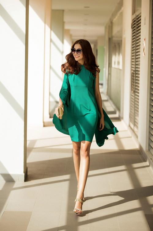 8 màu váy khiến bạn đẹp không thua kém Thanh Hằng-4
