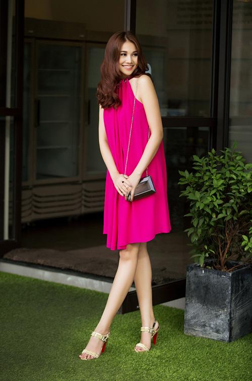 8 màu váy khiến bạn đẹp không thua kém Thanh Hằng-12