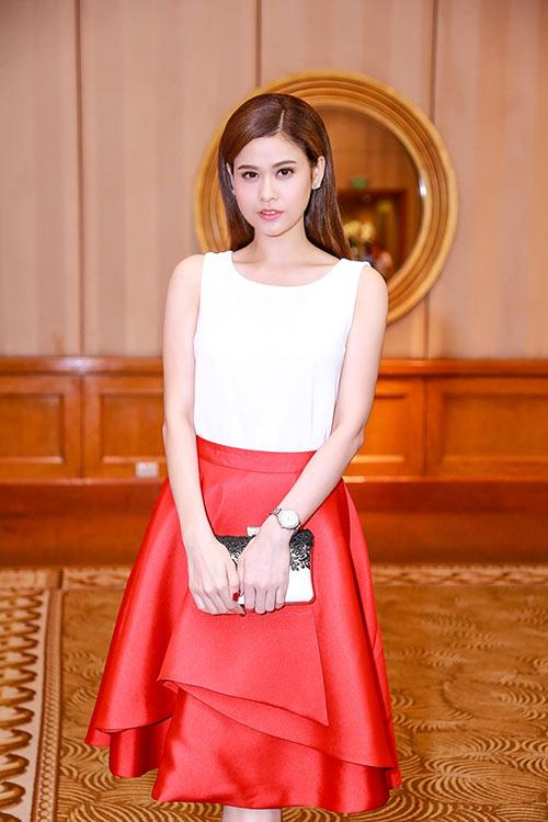 Trương Quỳnh Anh khoe nhan sắc trẻ trung tại sự kiện-9