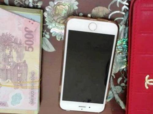 Đạp ngã nữ sinh mang bầu cướp iPhone 6 và 13 triệu đồng-1