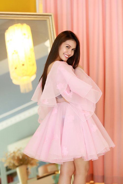 Hoa hậu Trái đất 2015- Angelia Ong tới thăm Việt Nam-13