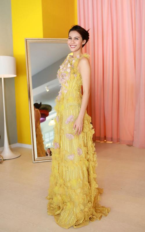 Hoa hậu Trái đất 2015- Angelia Ong tới thăm Việt Nam-7