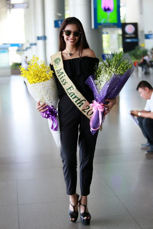 Hoa hậu Trái đất 2015- Angelia Ong tới thăm Việt Nam-3
