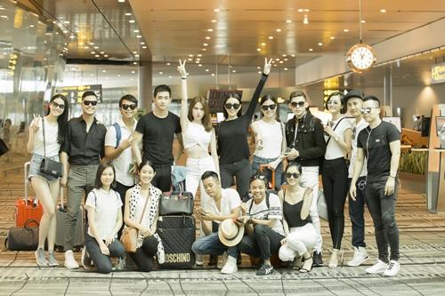 Ngọc Trinh khoe nhan sắc trẻ trung ở sân bay Singapore-8