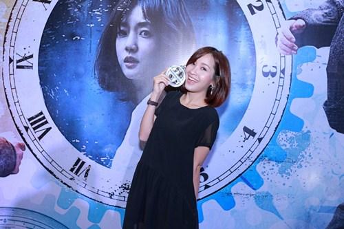 quynh mai (next top model) khoe eo thon hoan hao - 2