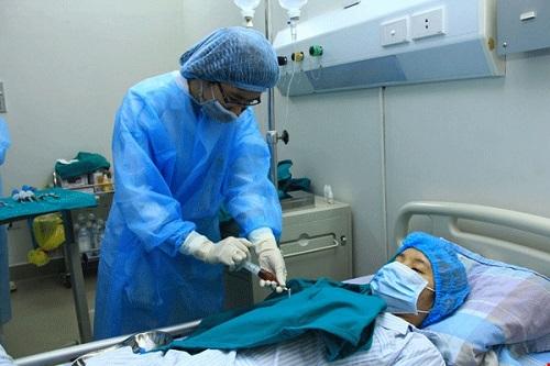 Hơn 200 ca ghép tế bào gốc thành công sau 10 năm thực hiện-1