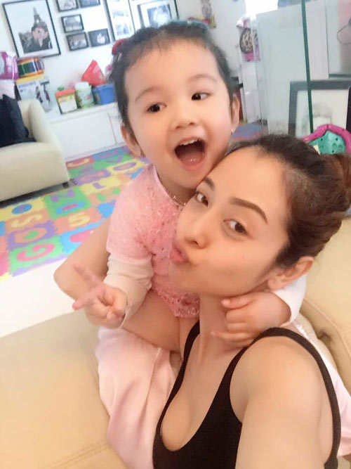 5 cô con gái xinh không kém mẹ của các Hoa hậu Việt-10