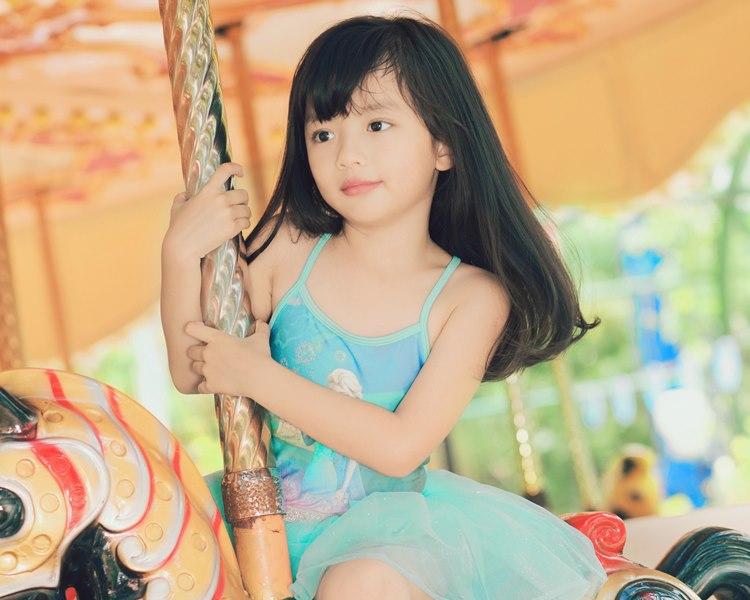 5 cô con gái xinh không kém mẹ của các Hoa hậu Việt-17