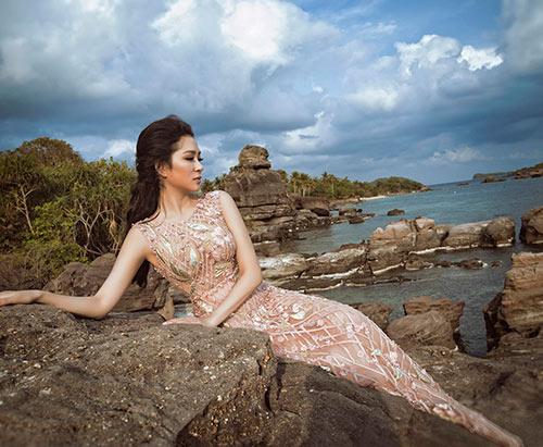 Nguyễn Thị Huyền đẹp tựa nữ thần khi trở lại showbiz-3
