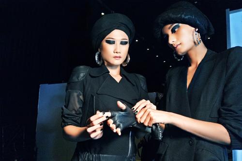 Những kiểu make-up ám ảnh trong Tuần Nhà thiết kế thời trang-7