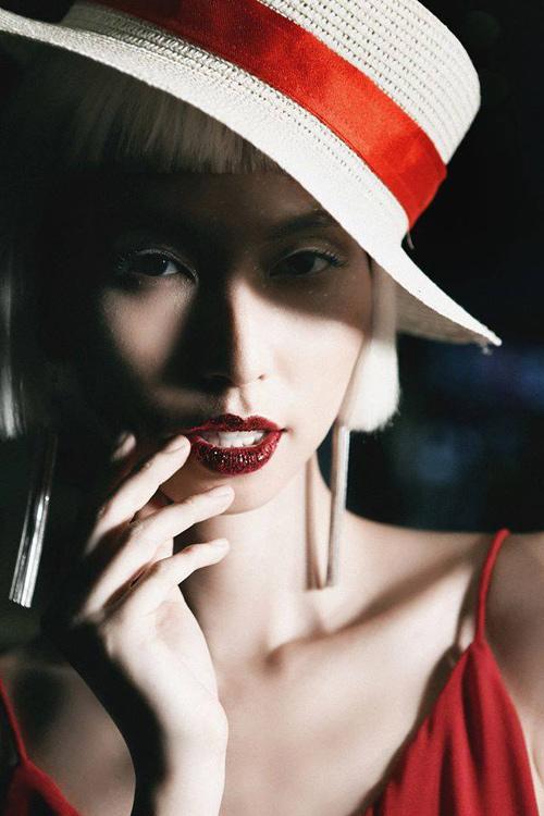 Những kiểu make-up ám ảnh trong Tuần Nhà thiết kế thời trang-1