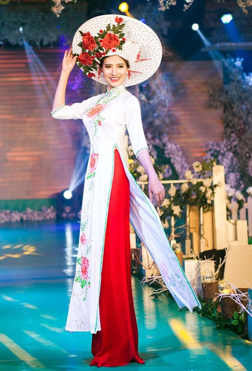 Phan Thị Mơ kiều diễm với áo dài cưới-5