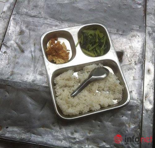 Thực hư bữa cơm bán trú 15 nghìn đồng bao người xót xa-1
