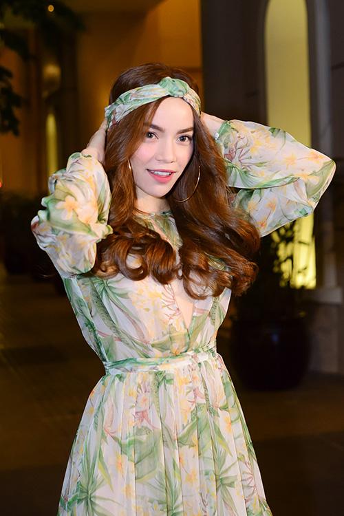 Hà Hồ, Diễm My cực quyến rũ khi làm điệu tóc với turban-5