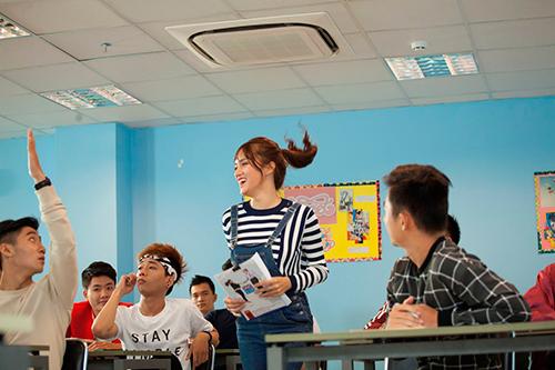 huong giang idol lam co giao thuc tap dang yeu - 12