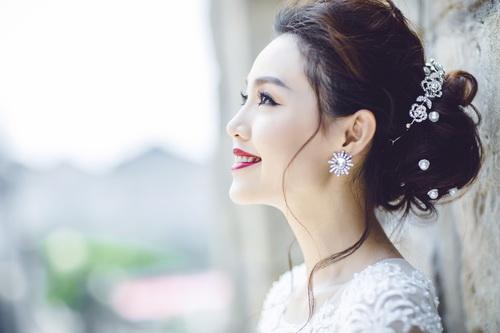 Quang Tuấn - Linh Phi khoe ảnh cưới đậm chất cổ tích-2