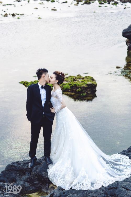 Quang Tuấn - Linh Phi khoe ảnh cưới đậm chất cổ tích-12