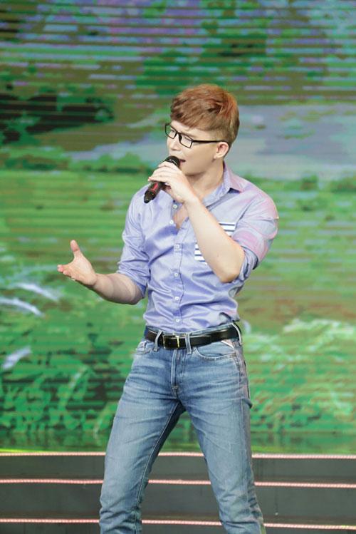 """Nathan Lee khoe giọng hát """"gây bão"""" trên truyền hình-4"""
