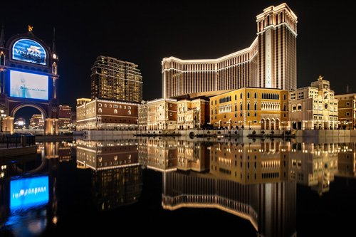 Top 10 tòa nhà đắt giá nhất thế giới-8