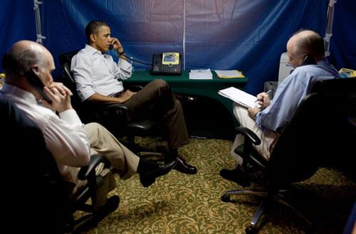 Ba vật bất ly thân của ông Obama khi công du-6
