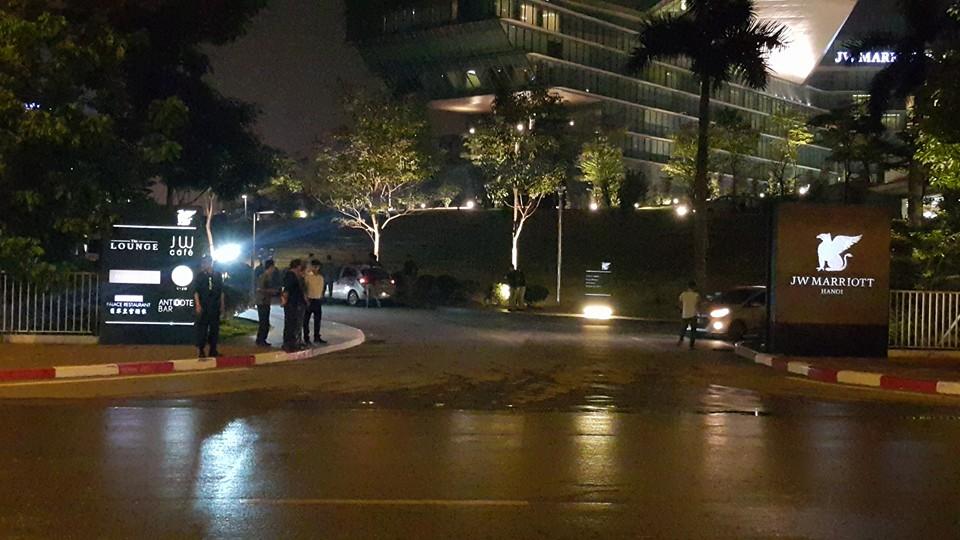 Tổng thống Obama đã đến Hà Nội-17
