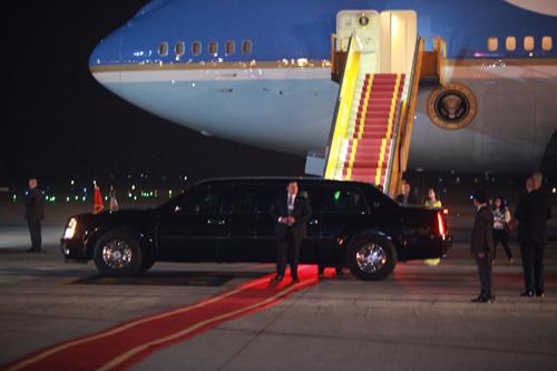Tổng thống Obama đã đến Hà Nội-3