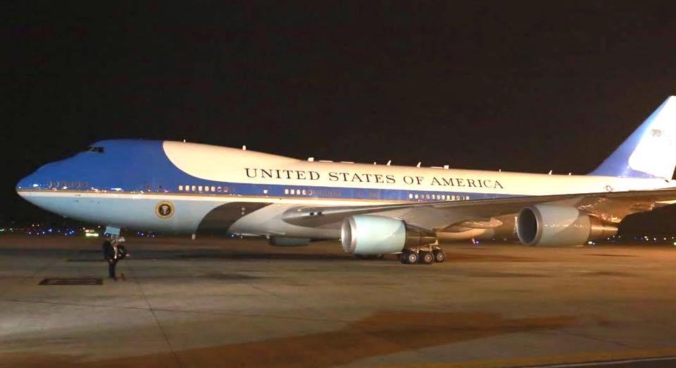 Tổng thống Obama đã đến Hà Nội-9