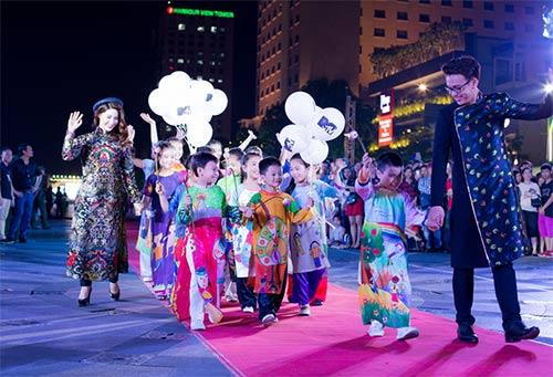 Văn hóa áo dài sống dậy tại thành phố mang tên Bác-1