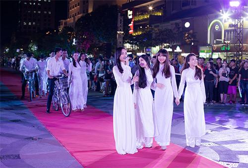 Văn hóa áo dài sống dậy tại thành phố mang tên Bác-3