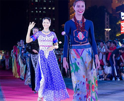 Văn hóa áo dài sống dậy tại thành phố mang tên Bác-5