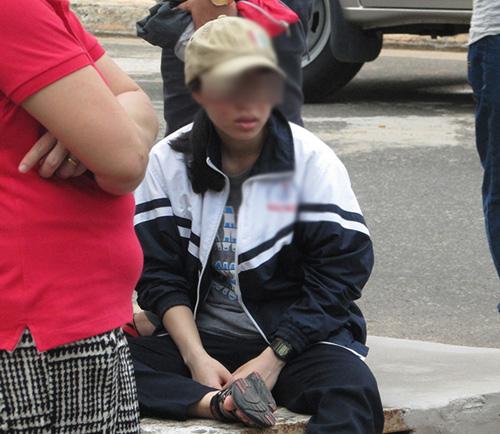 Vụ cháy xe 12 người chết: Nghẹn ngào nhận thi thể người thân-2