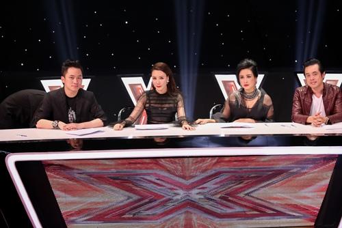 """3 cô gái """"mũm mĩm"""" khiến giám khảo X-Factor loại nhóm trai đẹp-1"""