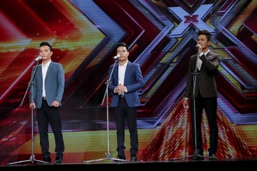 """3 cô gái """"mũm mĩm"""" khiến giám khảo X-Factor loại nhóm trai đẹp-12"""