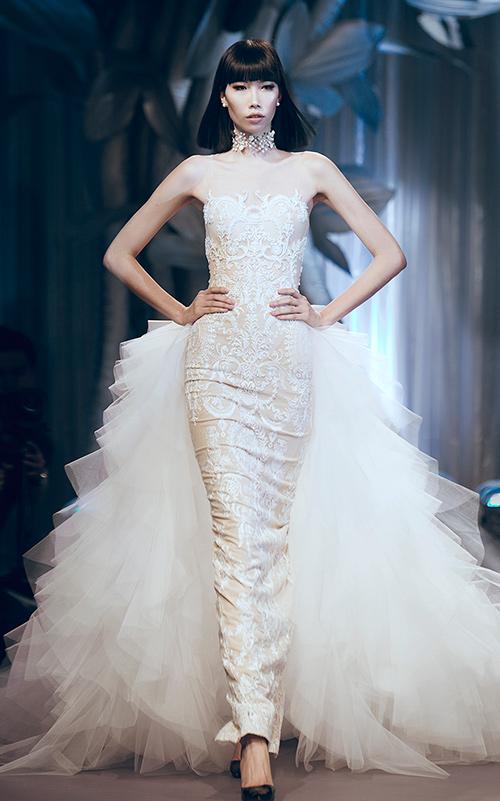 Minh Tú lộng lẫy với váy cưới đính 10 ngàn viên đá swarosky-8