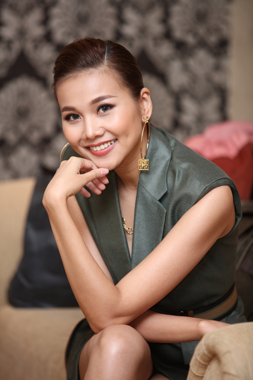 vntm 2016: thanh hang khoe chan dai 1m12 sieu sexy tai ha noi - 3