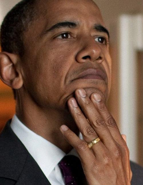 Những lần ông Obama tháo nhẫn để bắt tay gây tranh cãi-8