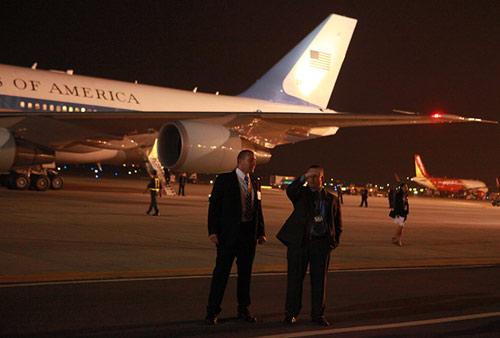 Xem đặc vụ Mỹ bảo vệ Obama trong đêm tại Hà Nội-1