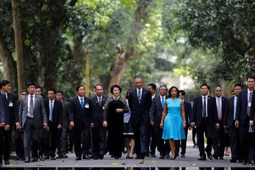 Hình ảnh Obama đến Việt Nam qua lăng kính quốc tế-12