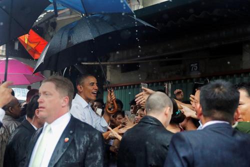 Hình ảnh Obama đến Việt Nam qua lăng kính quốc tế-3