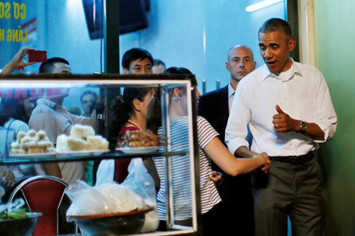 Hình ảnh Obama đến Việt Nam qua lăng kính quốc tế-4
