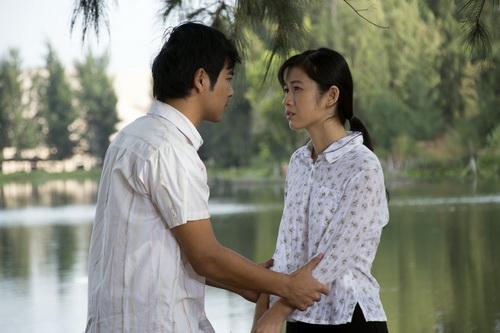 """ban trai ngoc lan """"doi dau"""" nhan phuc vinh trong phim - 6"""