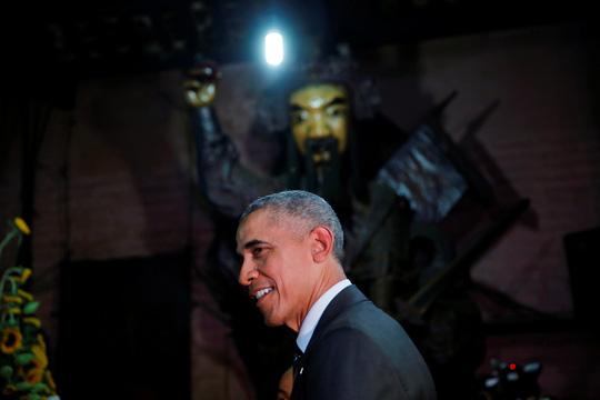 Câu nói bất ngờ của ông Obama trong chùa Ngọc Hoàng-3
