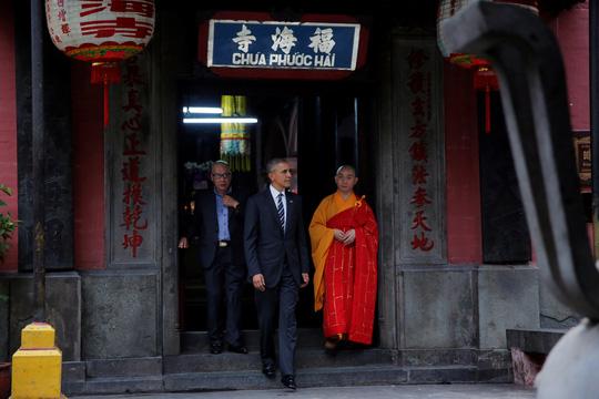 Câu nói bất ngờ của ông Obama trong chùa Ngọc Hoàng-4