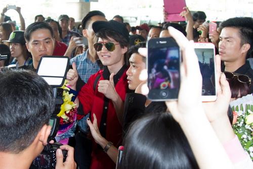 """my nam """"tinh yeu khong co loi"""" lien tuc """"tu suong"""" cung fan viet - 9"""